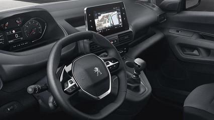 /image/03/3/k9-vu-interieur-conducteur-asphalt.424148.43.427033.jpg