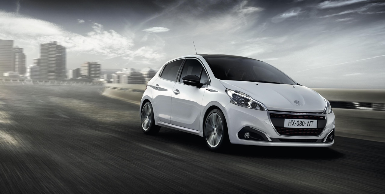peugeot 208 gt line bybil med sportslige trekk peugeot norge. Black Bedroom Furniture Sets. Home Design Ideas