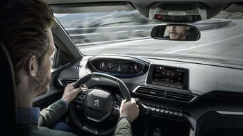 Peugeot 3008 SUV interør
