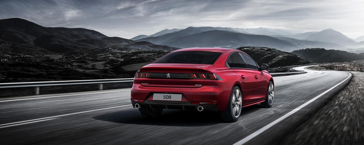 /image/37/5/peugeot-new-508-red-rear-view.389375.jpg