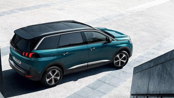 Peugeot 5008 SUV stil