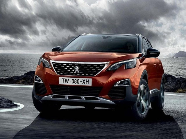 Nye Peugeot 3008 SUV showroom